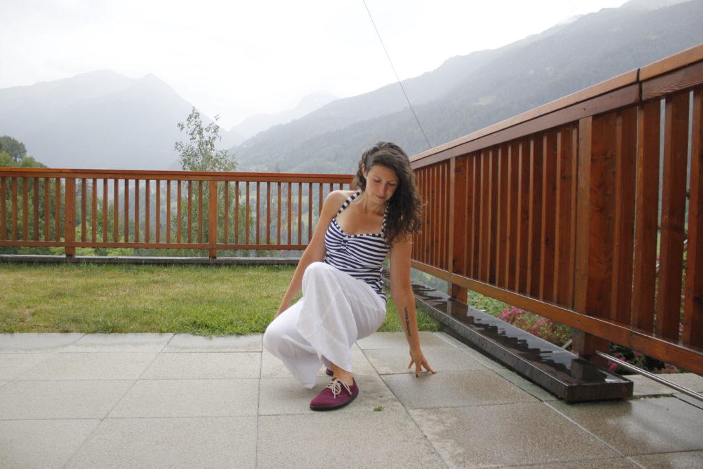 Girl wearing Belenka city plum