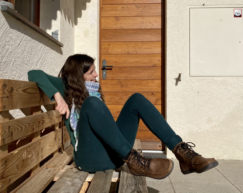 woman wearing nice boots